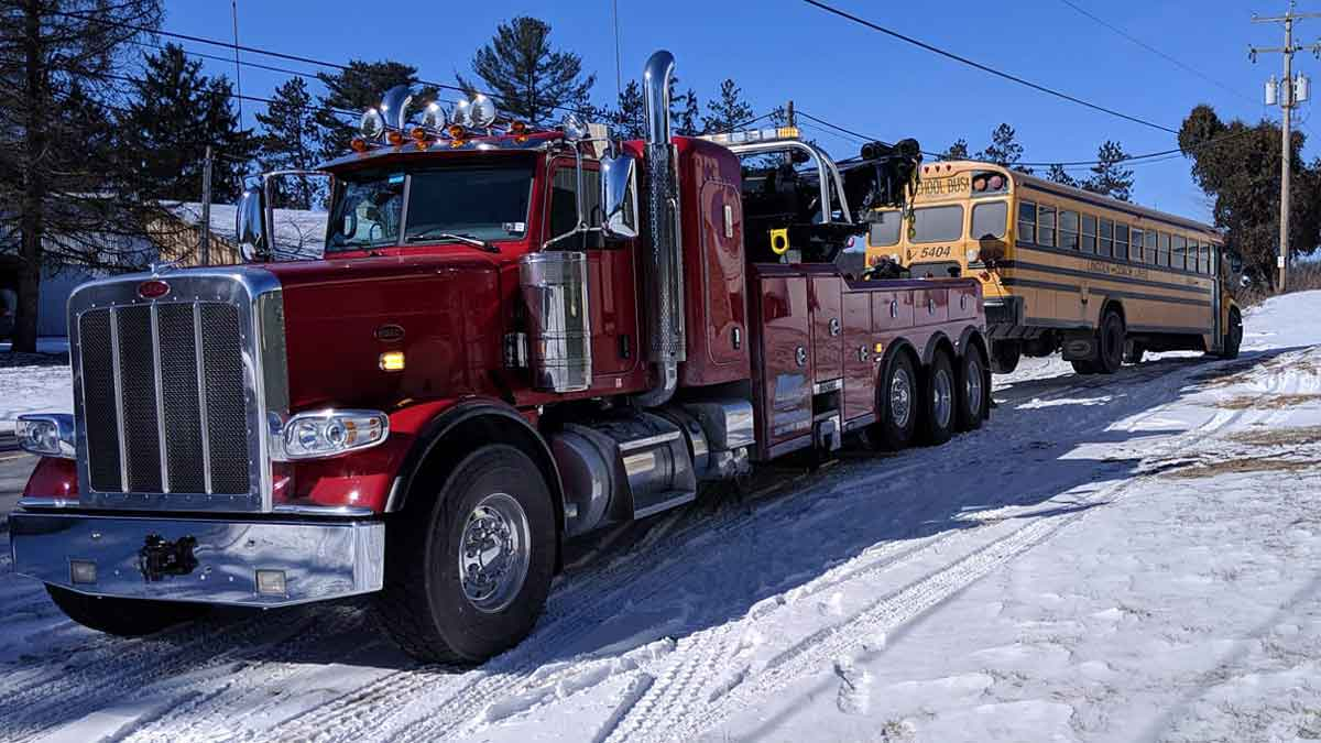 Heavy Truck Towing York Hanover Pa Us 30 I 83 Heavy Towing 866 319 5744